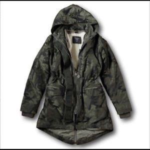 NWT Abercrombie & Fitch Sherpa Fur Camo Coat